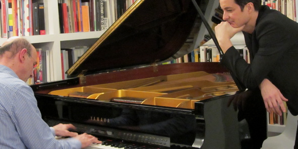 LEONARDO PIZZOLANTE, ADEMÁS ES UN GRANDÍSIMO PIANISTA DE JAZZ ¡ATENCIÓN! FOTO © JUAN GARCÍA CASTELLÓ