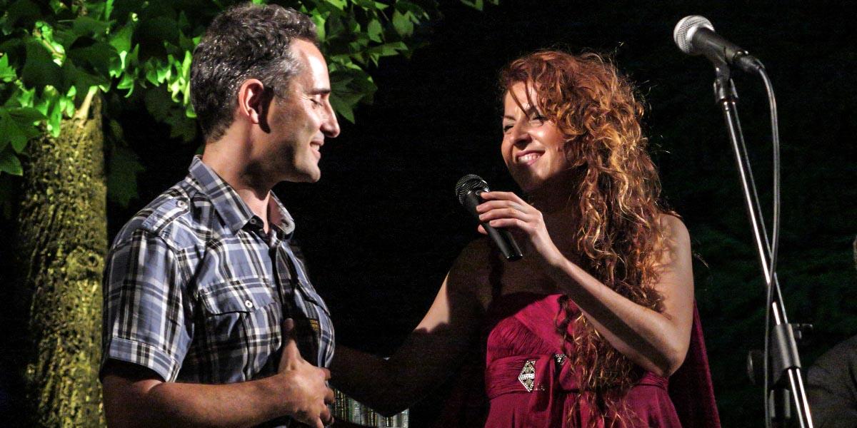 Jorge Drexler junto a Ángela Cervantes durante la actuación